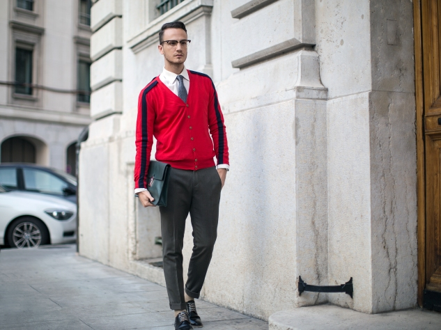 infashionity swiss fashion blog men's fashion blogger photography henri balit farfetch collaboration geek glasses khaki pants