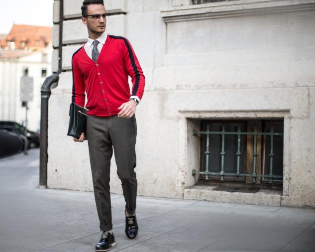 Infashionity Swiss Fashion Blog Mens Blogger Photography Henri Balit Farfetch Collaboration Geek Glasses Khaki Pants